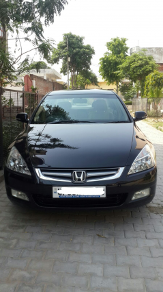 Honda Accord 3.0 V6 AT 2006