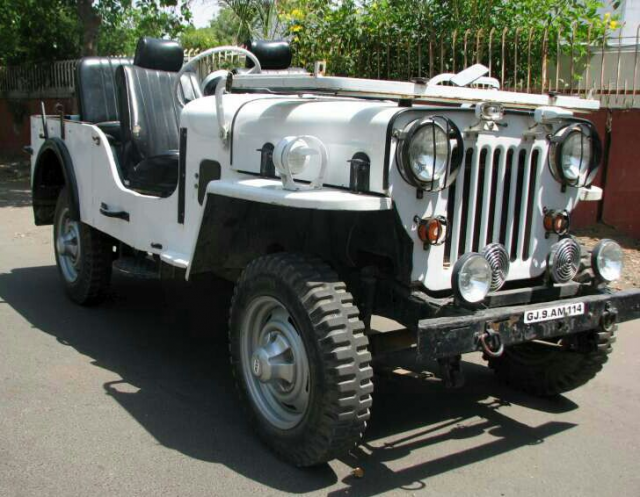 Mahindra Jeep MM 550 1985