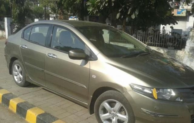 Honda City SV AT 2011