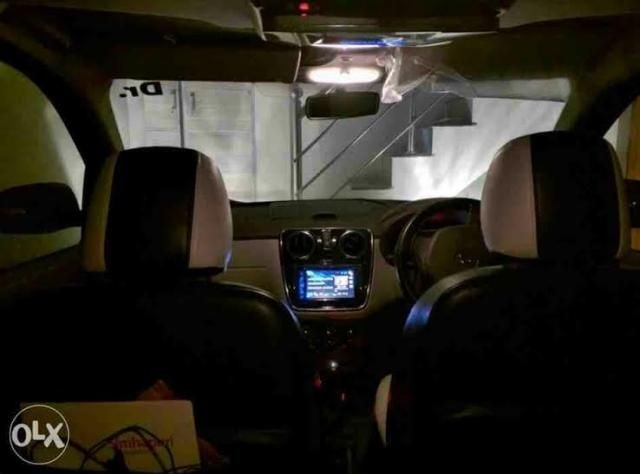 Renault Lodgy 85 PS RxE 7 STR 2015