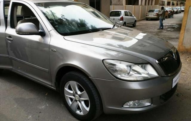 Skoda Laura LK 2.0 TDI AT 2010