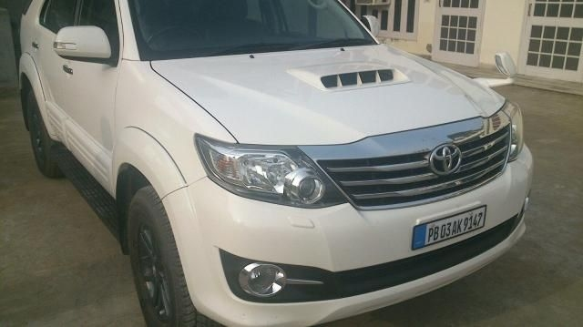 Toyota Fortuner 3.0 AT 4X4 2015