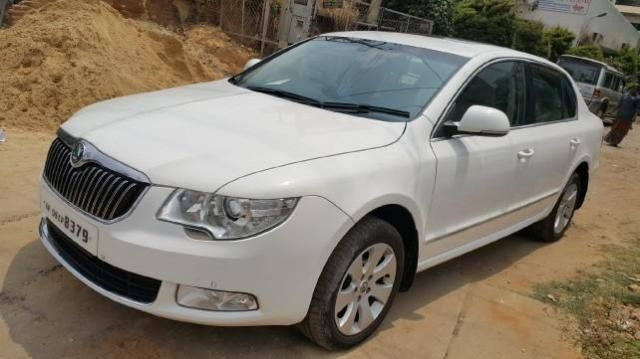 Skoda Superb ELEGANCE 2.0 TDI CR 2012