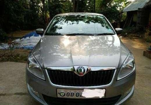 Skoda Rapid ACTIVE 1.6 TDI CR MT 2013