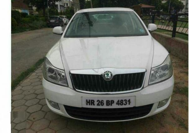 Skoda Laura Active 1.8 TDI 2011