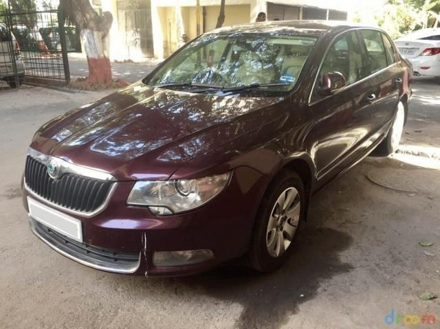 Skoda Superb AMBITION 1.8 TSI MT 2011