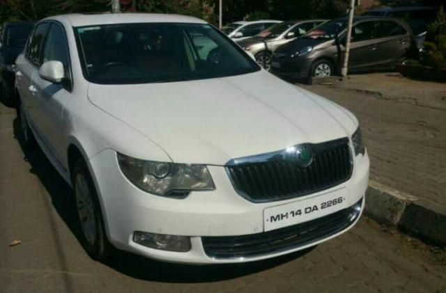 Skoda Superb ELEGANCE 2.0 TDI CR 2011