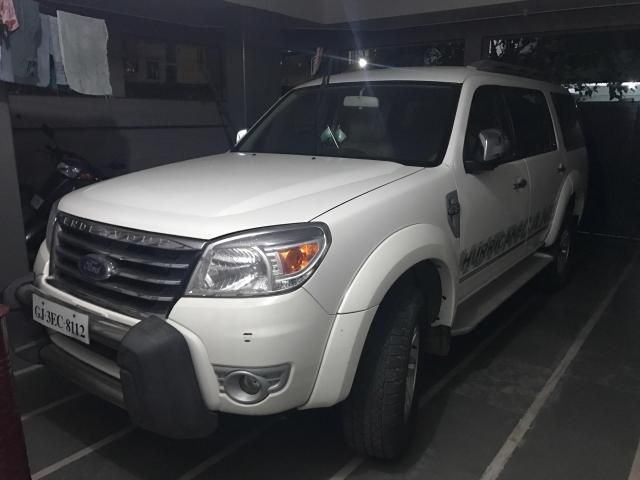 Ford Endeavour 2.5L 4x4 MT 2012