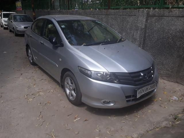 Honda City 1.5 V AT 2011