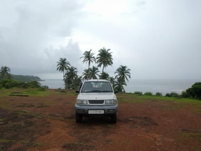 Tata Safari 4x2 EX DICOR 1998