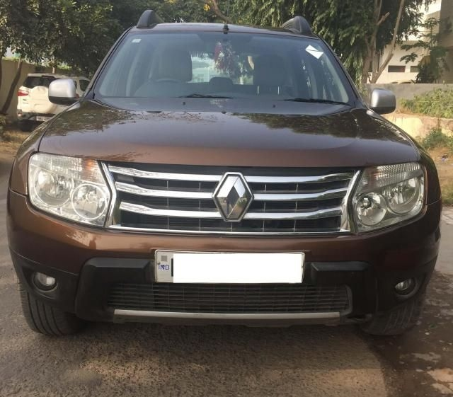 132 used brown color renault duster car for sale droom. Black Bedroom Furniture Sets. Home Design Ideas