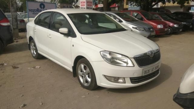 Skoda Rapid 1.6 TDI MT AMBITION PLUS 2014
