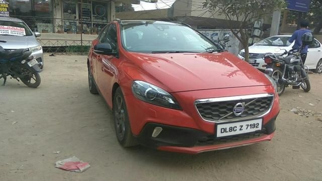 Volvo V40 Cross Country D3 2013