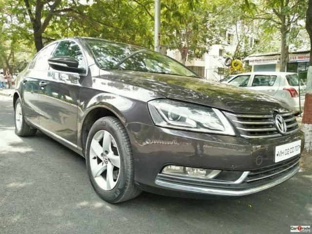Volkswagen Passat Highline 2.0 TDI AT 2011