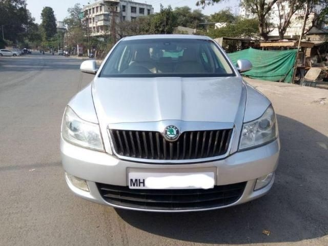 Skoda Laura ELEGANCE 1.9 TDI AT 2009