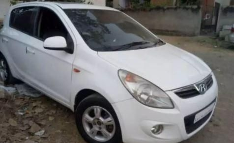 Hyundai i20 Asta 1.2 (O) With Sunroof 2011