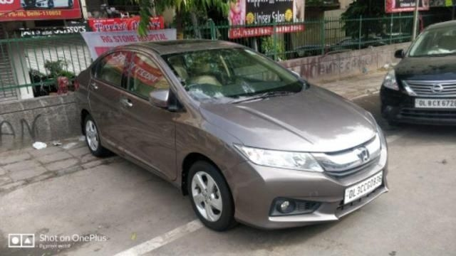 Honda City 1.5 V AT SUN ROOF 2014