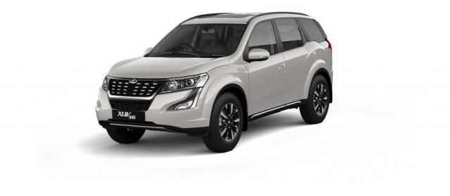 Mahindra XUV500 W11 (O) AWD AT 2018