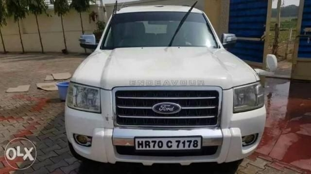 Ford Endeavour 3.0L THUNDER PLUS 4X4 2009