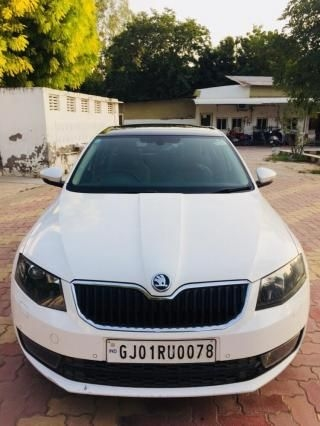 Skoda Octavia 2.0 TDI CR AT Style Plus 2016