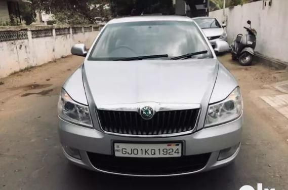 Skoda Laura AMBIENTE 1.9 TDI AT 2012