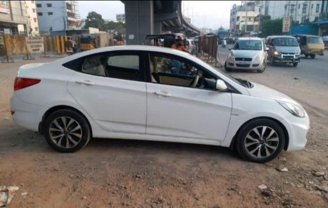 Hyundai Verna 1.6 CRDI S AT 2015
