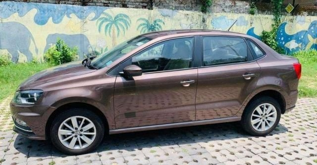Volkswagen Ameo Highline 1.2L Plus (P) 2017