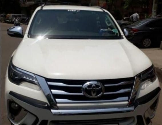 Toyota Fortuner Sportivo 4x2 AT 2017