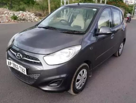 Hyundai i10 Sportz 1.2 AT 2012
