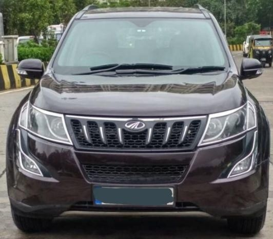 Mahindra XUV500 W9 AT 2018