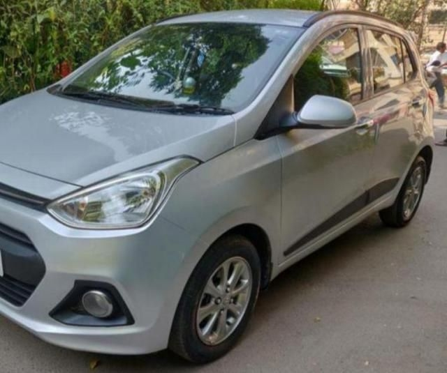 Hyundai Grand i10 1.2 Sportz (O) AT 2016