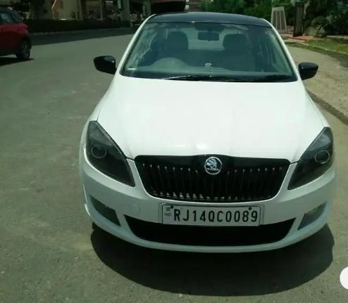 Skoda Rapid 1.5 TDI CR Elegance AT 2015